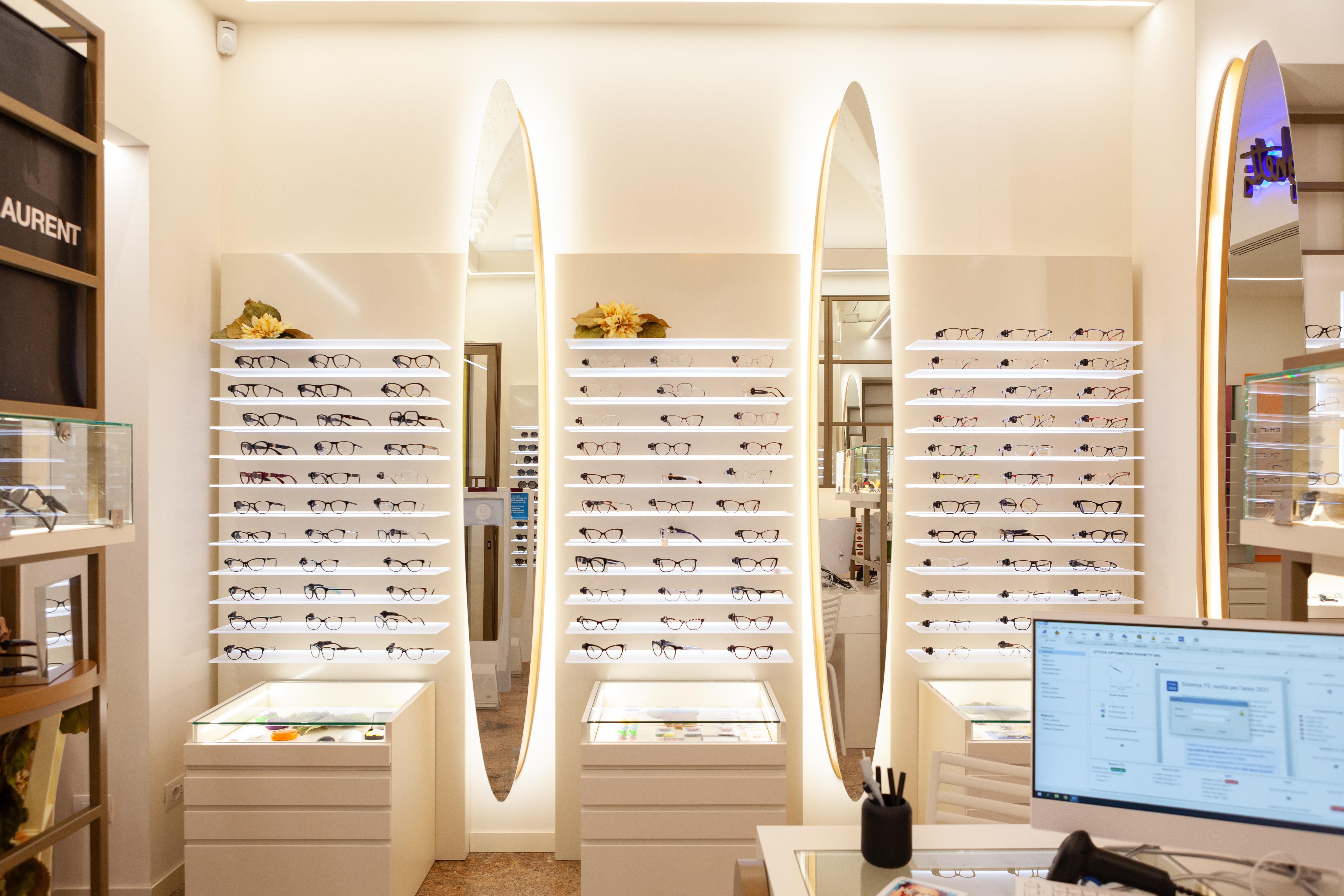 ottica optometria righetti modena via emilia centro occhiali